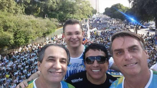 Selfie dos homens de Jenezio